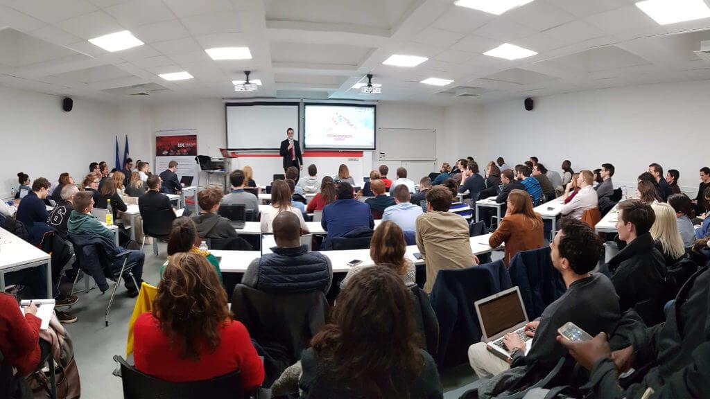 Photo cybersecurity conference Ecole de Guerre Economique / Club Cyber AEGE / Teodor Chabin Devoteam Freani